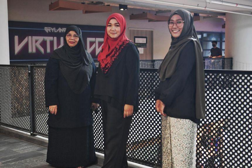 (From left) Ms Kamaria Buang, Ms Norlila Abdul Ghani and Ms Nur Zukhairiah Hamdan.