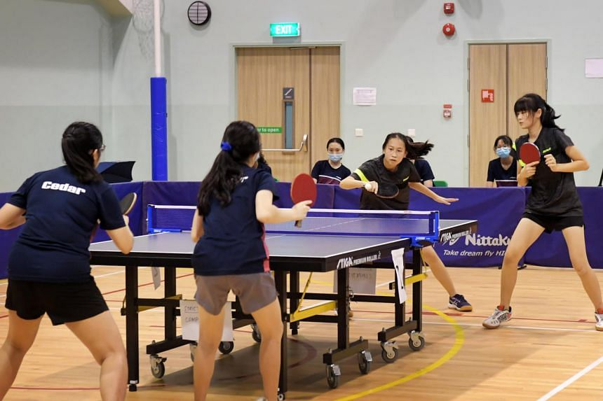 The Dunman girls' team retained their East Zone B Division title, beating Cedar Girls' Seconday 3-1.