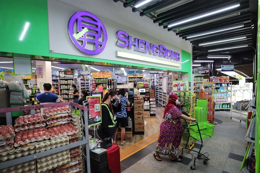 Sheng Siong's gross profit outpaced revenue growth for the quarter, rising 4.9 per cent year on year to $93.1 million.