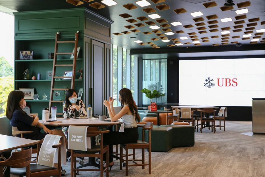 The new space near Dhoby Ghaut accommodates the bank's 3,000 or so employees and provides client lounges across its 400,000 sq ft.