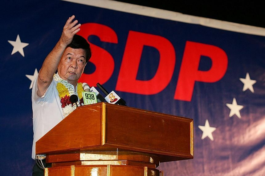 Mr Ling How Doong at a Singapore Democratic Party election rally in 2006. He was a one-term MP for Bukit Gombak, holding the seat from 1991 to 1997.