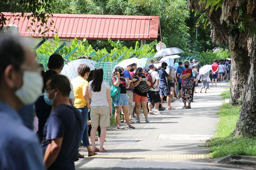 A long queue was formed at the screening centre at the former Da Qiao Primary School, on May 3, 2021.