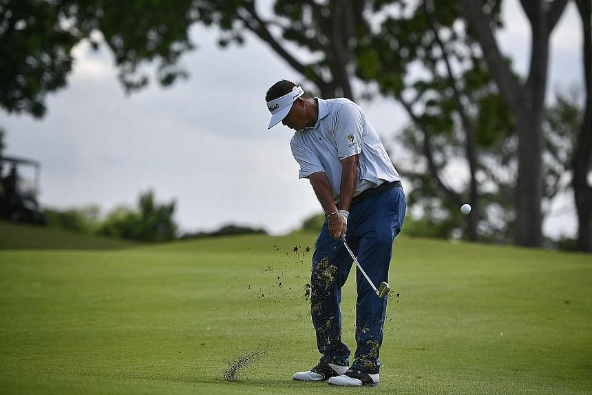 Mardan Mamat has a two-shot lead after the first round of the Singapore Pro Series Invitational at Tanah Merah Country Club yesterday.