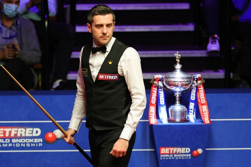 Mark Selby held his nerve in a tense evening session to claim the title for the first time since 2017.