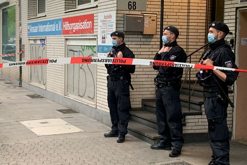 About 1,000 police officers took part in raids on affiliates of Ansaar in 10 German states.