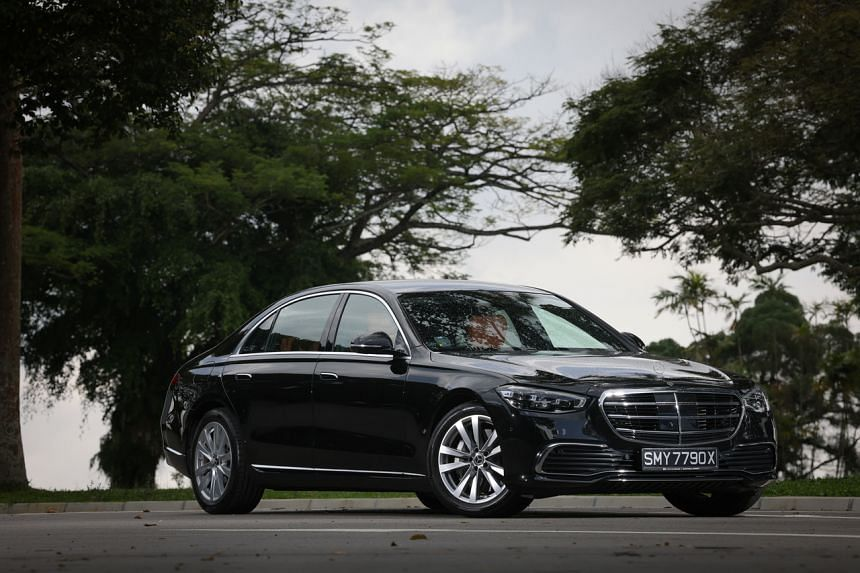 The new S450L is fitted with all-wheel-drive and rear-wheel steer.