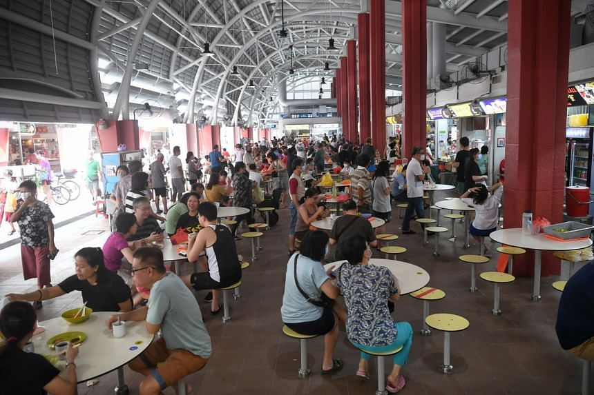The breakfast crowd at the Toa Payoh Lorong 7 market in the morning of May 8, 2021.
