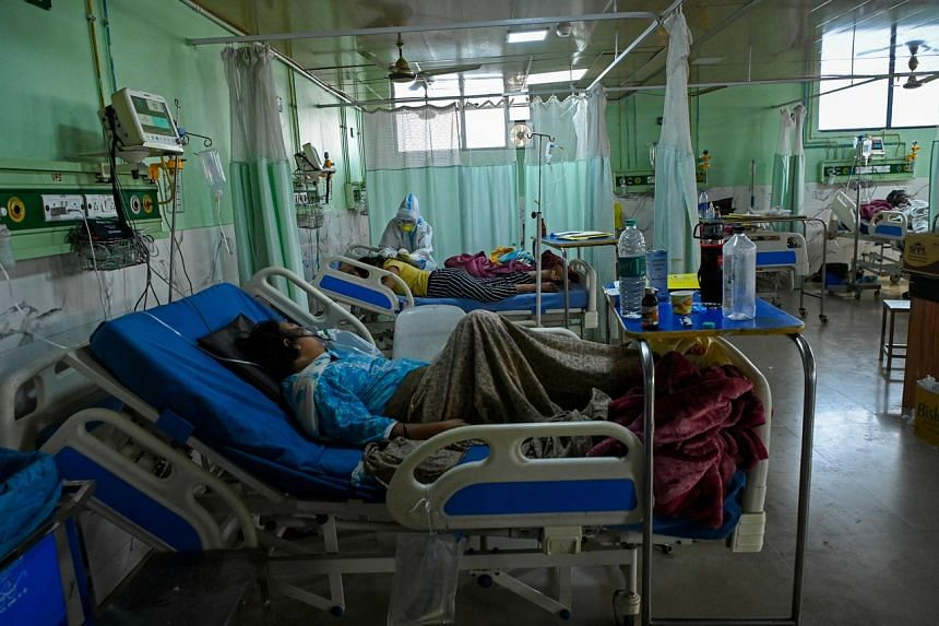 Covid-19 patients inside the Intensive Care Unit of the Teerthanker Mahaveer University hospital in Moradabad on May 5, 2021.