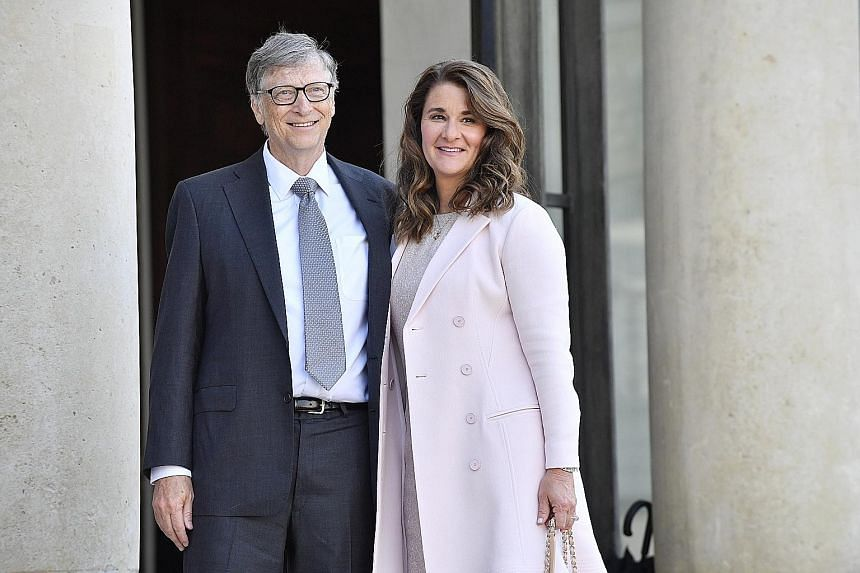 A 2017 photo of Mr Bill Gates and his wife Melinda. The couple announced last week that they were splitting up after 27 years of marriage. EPA-EFE