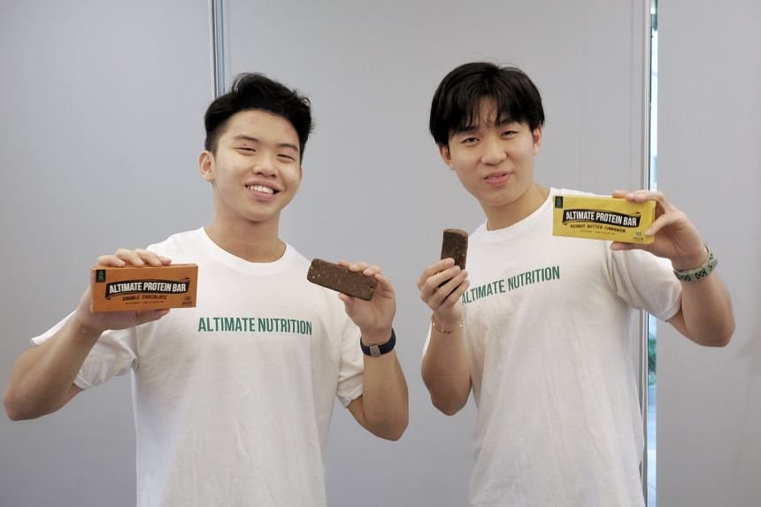 John Lee (left) and Gavriel Tan, founded Altimate Nutrition to sell protein bars made with cricket flour.