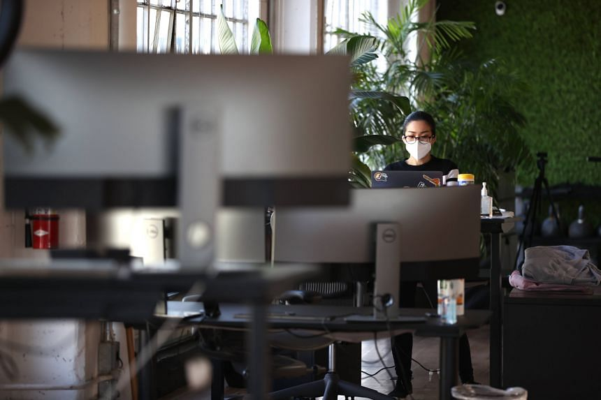 https://www.straitstimes.com/world/europe/long-working-hours-are-a-killer-who-study-shows