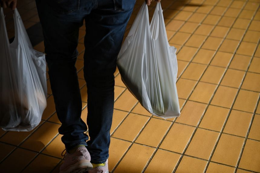 Only one hour is allowed for visitors to malls, supermarkets, grocery stores and similar premises.