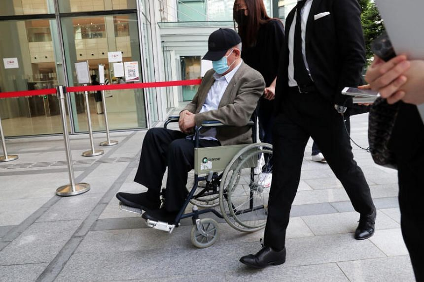 Hin Leong founder O.K. Lim arriving at the State Courts on April 30, 2021.