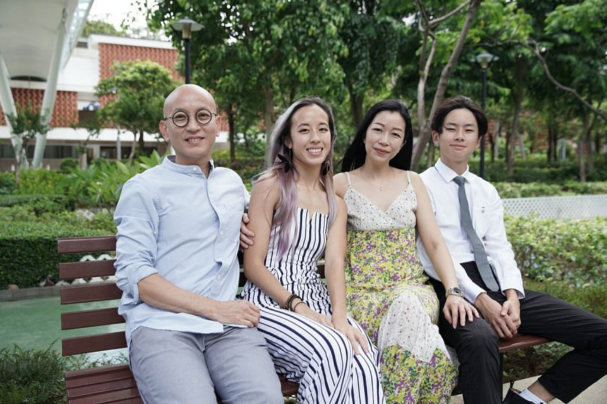 University of Hong Kong student Kengie Tang (second from left) has been separated from her mother and brother for the past six months.