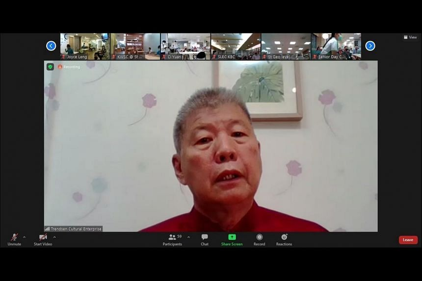 Freelance cultural and educational instructor Goh Soo Yong telling a story in Teochew about respecting the elderly.