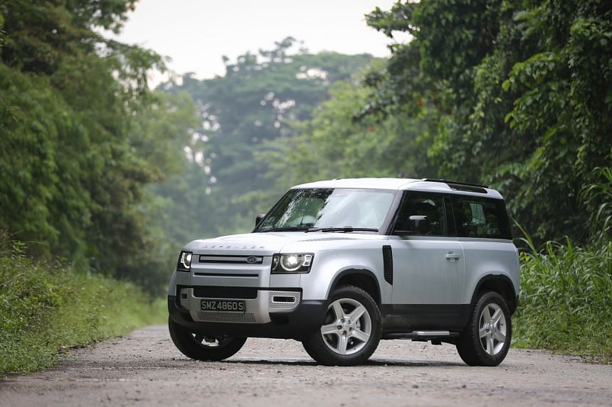 The Land Rover Defender 90 has the rugged good looks of the new Defender 110 without its hulking massiveness.