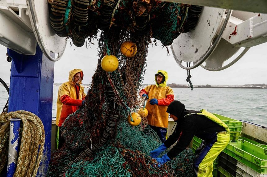 Fish worth around 650 million euros are caught by EU fishing fleets in British waters each year.