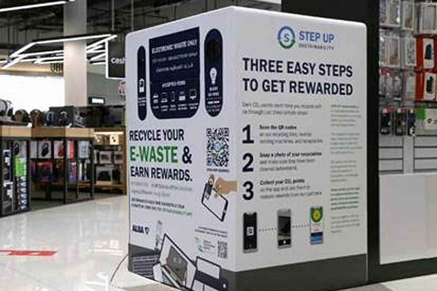 A bin at Cold Storage at Leisure Park Kallang for recycling batteries and light bulbs.
