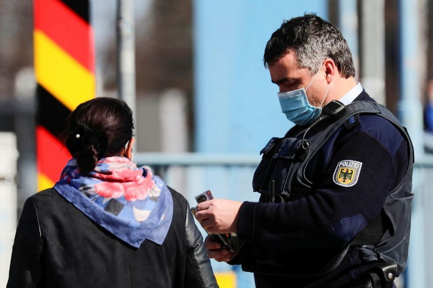 It comes a day after prosecutors in Frankfurt said they were investigating 20 police officers, including elite commandos, over extremist material shared in chat groups.