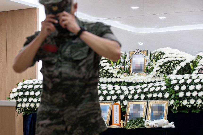 The recent suicide of a female Air Force officer caused a huge uproar in South Korea.