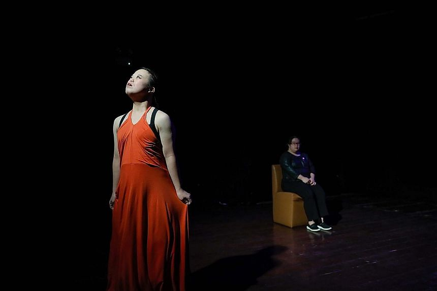 June Lin (far left) and Chen Wanyi (left) in Seeds by Maya Dance Theatre.