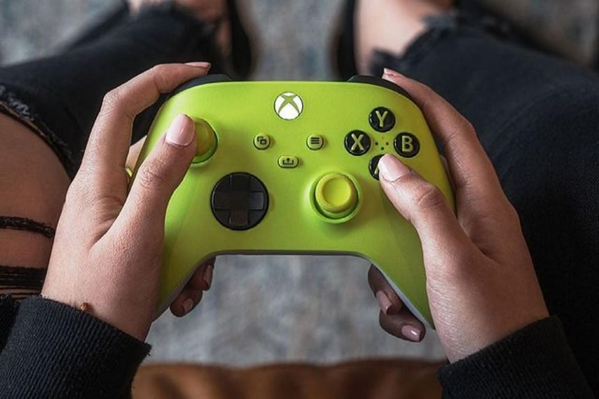 The idea would be to embed the Xbox experience directly into an Internet-connected TV with nothing else needed except for a video-game controller, Microsoft said.