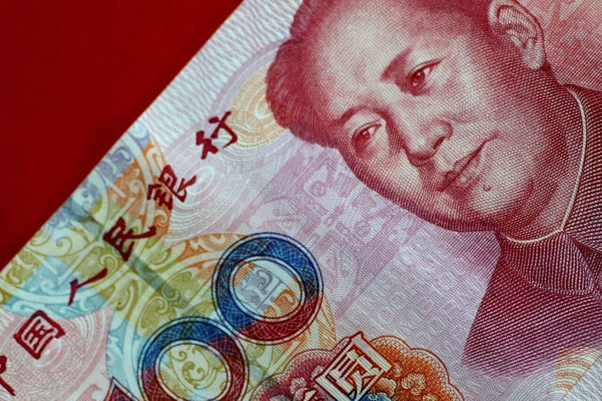 The correlation between China's benchmark CSI 300 Index and the onshore renminbi's strength is near the highest in seven months.