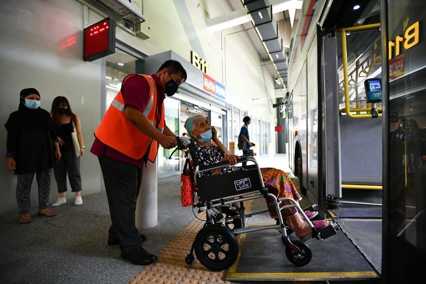 To help passengers in wheelchairs and parents with strollers, the new bus interchange has barrier-free boarding and alighting areas as well as graduated kerb edges.