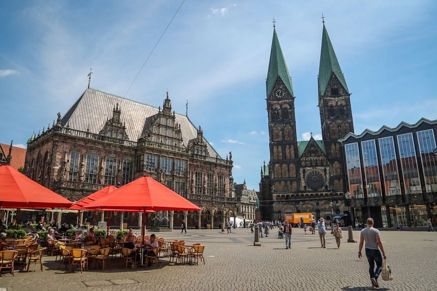 Restaurants, bars, beer gardens, hotels and concert halls have reopened in Germany.