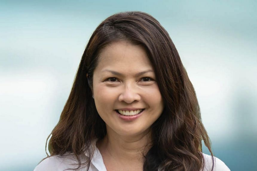 Ms Ee-Ching Tay has more than 20 years of experience in investment banking in the United States and Asia.