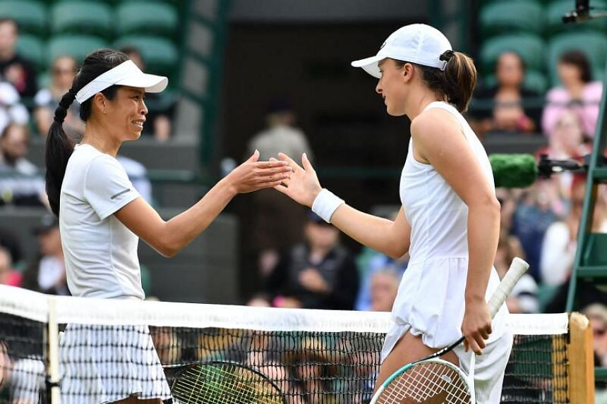 Poland's Iga Swiatek (right) wins against Taiwan's Hsieh Su-Wei in Wimbledon, on June 28, 2021.