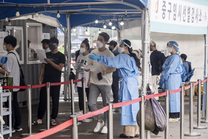 South Korea's Covid-19 cases shot up to nearly 800 this week, due chiefly to new outbreaks in Seoul and its surrounding regions.