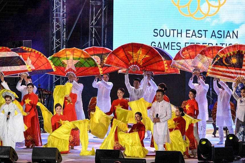 Performers from Vietnam participate in the closing ceremony of the SEA Games in Capas, the Philippines, on Dec 11, 2019.
