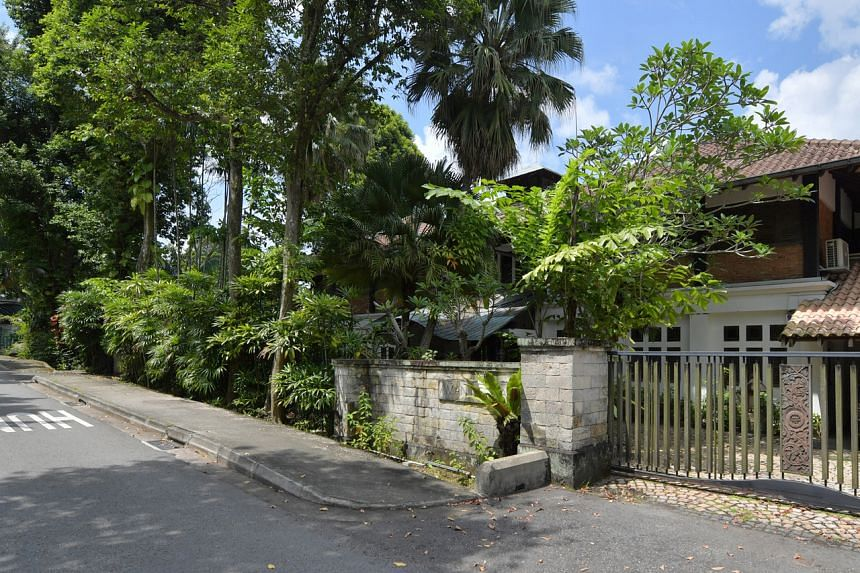 The Bin Tong Park property has a bungalow on site which is said to have been built in the 1990s.