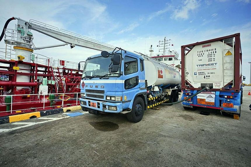 Alpha Biofuels supplies biodiesel, converted from cooking oil collected from food manufacturers, food and beverage businesses and households around the island, to the Singapore-registered bunkering vessel Marlin Tiga, before it goes to the receiving