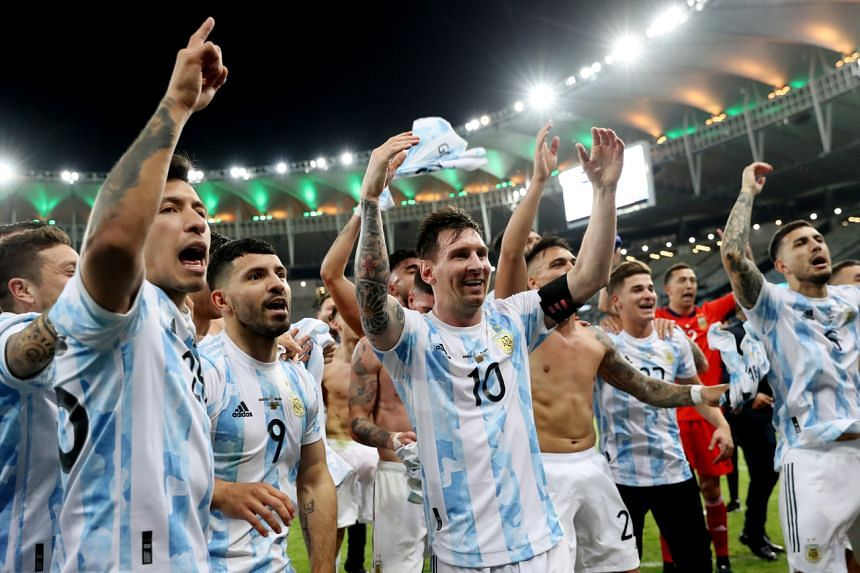 Argentina players celebrate after winning the Copa America final against Brazil in Rio de Janeiro on July 10, 2021.
