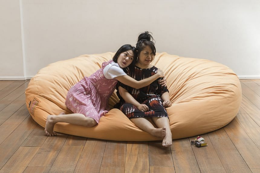 (un)becoming explores the complexities of mother-daughter ties.