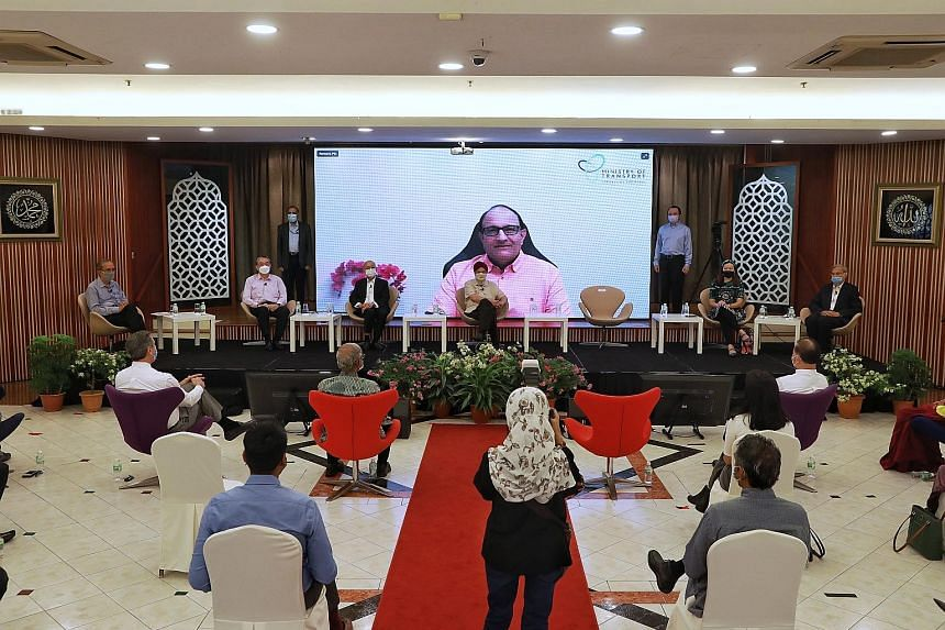 Transport Minister S. Iswaran said at a seminar on interracial harmony yesterday that Singaporeans still hold steadfastly to the ideas of building and fortifying the common space, while still allowing different cultures, languages, and religions thei