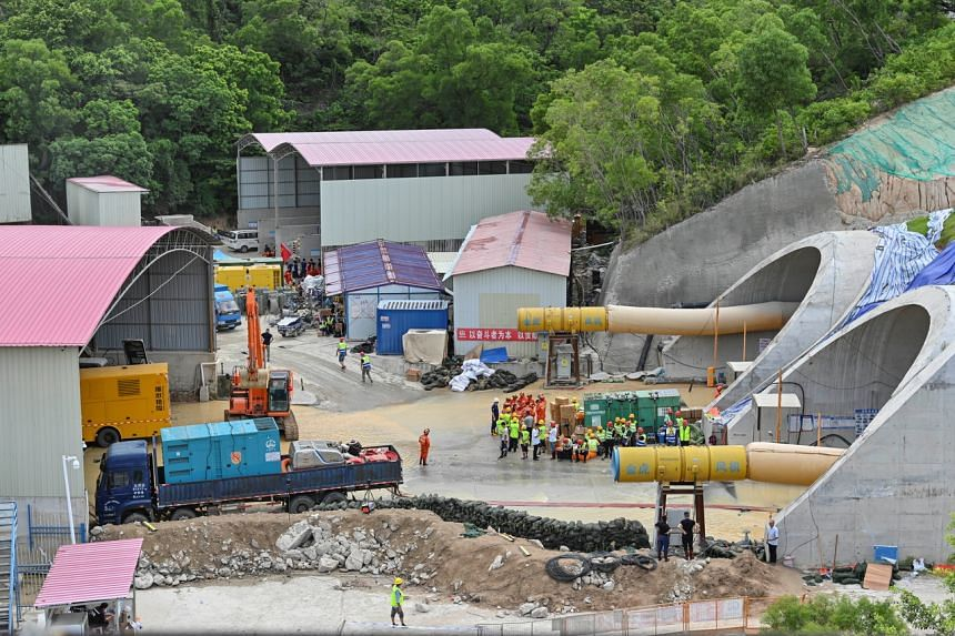 The flooded Shijingshan tunnel trapped the workers more than a kilometre from the entrance.