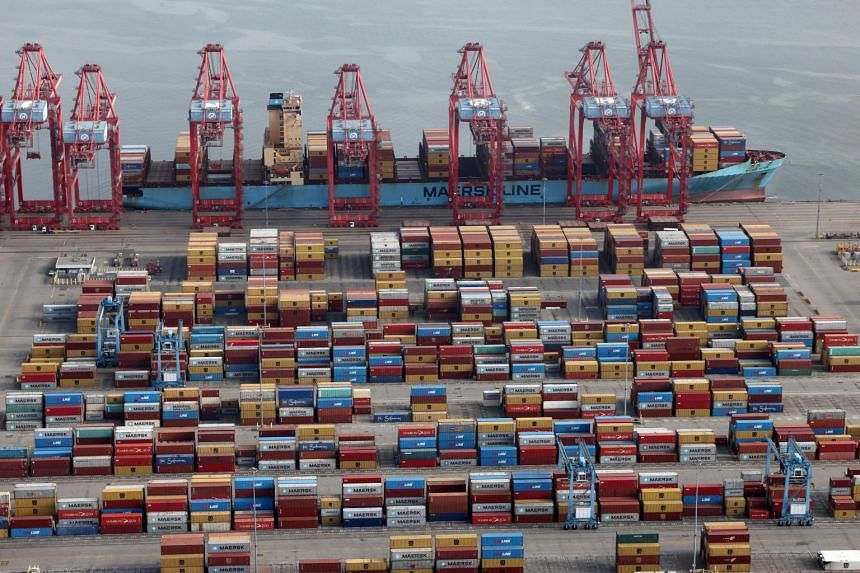 Almost half of the US$259 billion in cargo moving in and out of Los Angeles port involves China and Hong Kong.