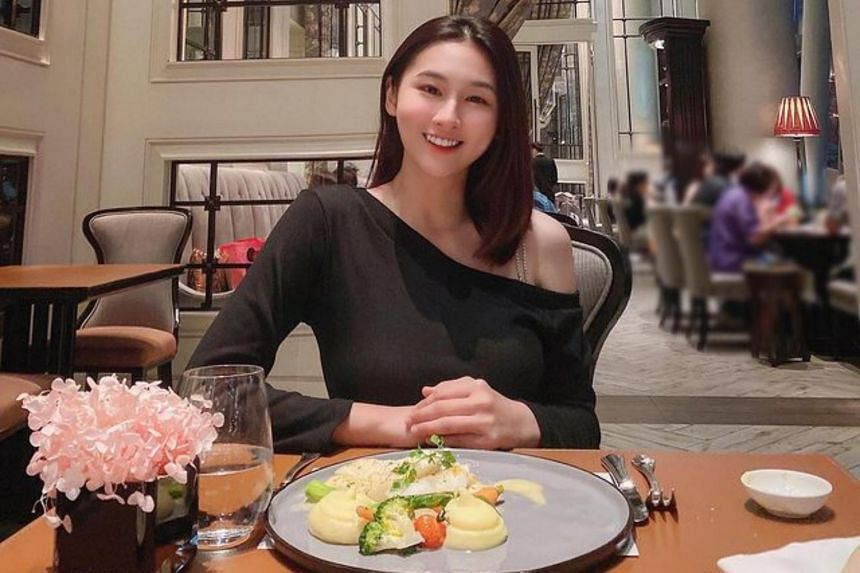 Yang Guang Ke Le, whose real name is Lau Jia Yi, is a Mediacorp host, singer and actress.