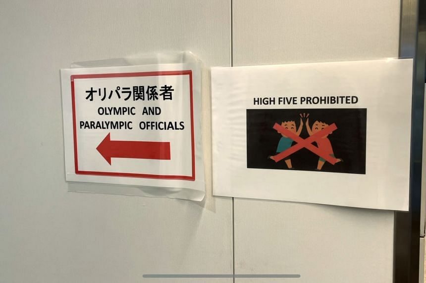 High-fives have been forbidden as part of the anti-virus measures at Tokyo 2020.