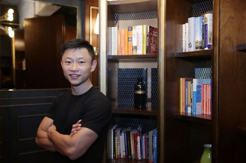 Mr Alvin Poh is the former chief executive of Vodien Internet Solutions.