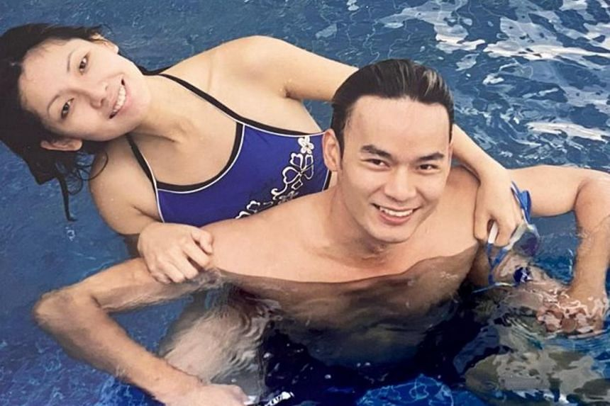 Sharon Au (left) and Thomas Ong  used to be an item more than 20 years ago and remain good friends.