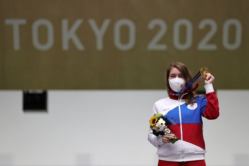 Russian shooter Vitalina Batsarashkina mounted a spectacular charge over the closing shots to win gold with an Olympic record of 240.3.