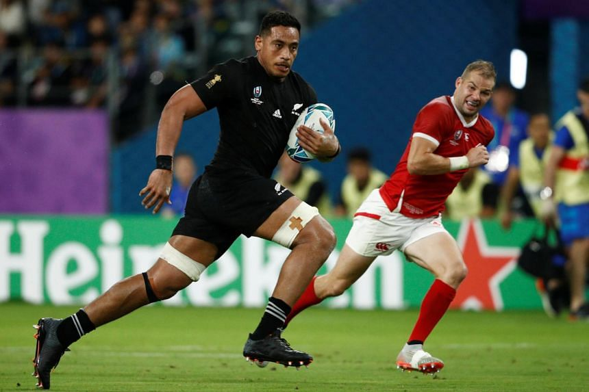 New Zealand loose forward Shannon Frizell (left) was charged after an alleged incident involving a woman at a Dunedin bar, multiple New Zealand media outlets said.