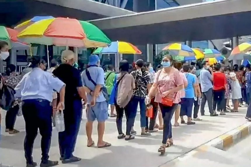 The centre was open to senior citizens for walk-in appointments and to people from other provinces who had pre-booked their jab.