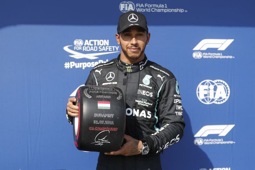 Lewis Hamilton lapped the 4.3km of a sweltering Hungaroring in 1min 15.419sec.