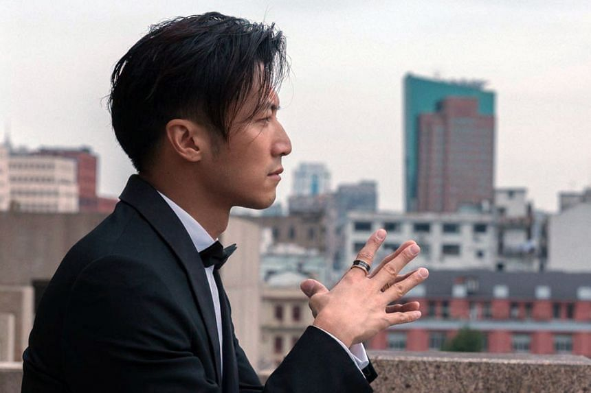 Actor Nicholas Tse has criticised the Hong Kong entertainment world, saying it has the same old faces and does not nurture fresh talent.