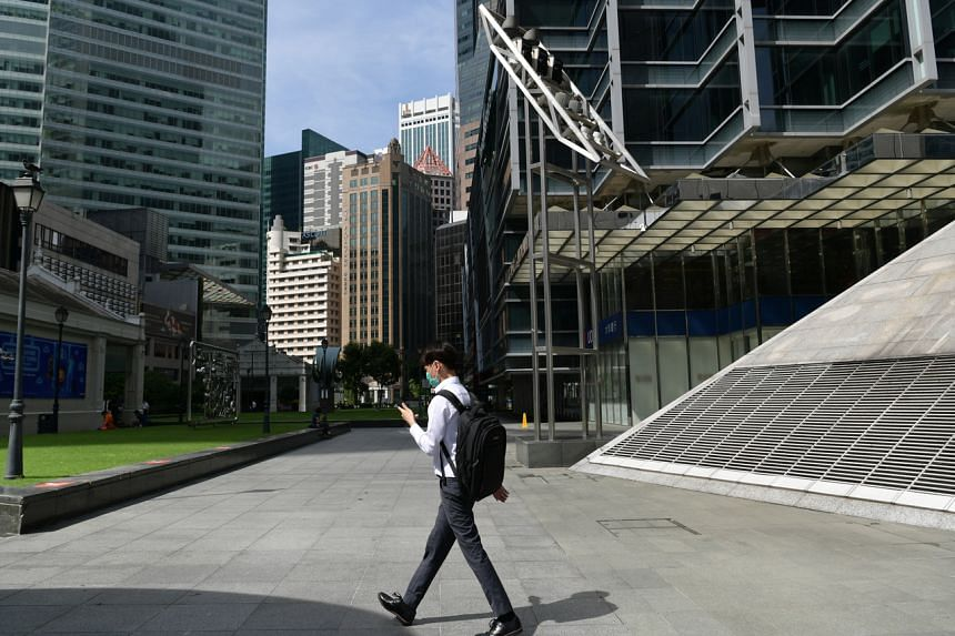 A review of listed companies' sustainability reports found that climate-related information is still lacking.